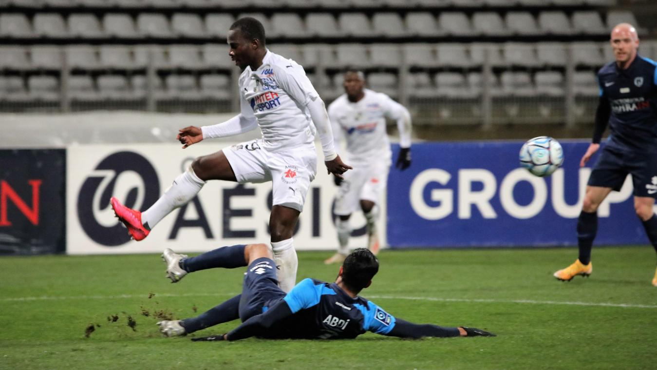 Dernier jour du mercato: Chadrac Akolo (Amiens SC) en Allemagne et arrivée d'Adama Diakhaby; Mendoza et Papeau restent