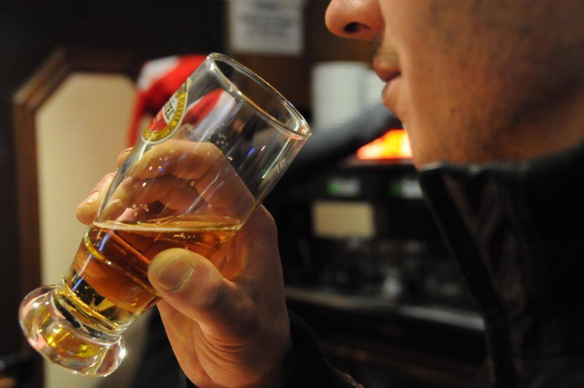 Après s'être alcoolisée avec son ancien compagnon, une femme a fait appel aux policiers expliquant être enfermée dans son propre logement par son ex. (Photo d'illustration)