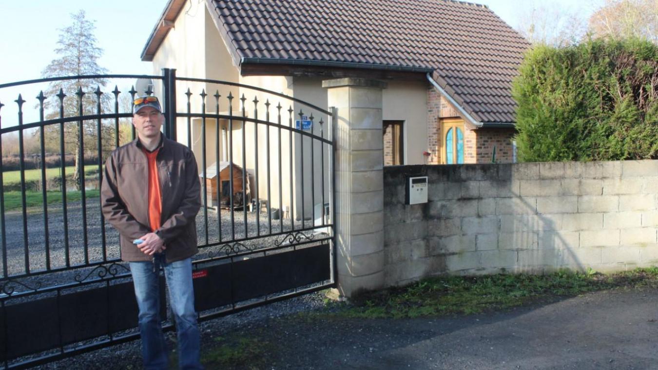 Michael Rousselle ne peut plus entrer chez lui. Son locataire, bien que le bail terminé, n'est pas disposé à quitter sa maison.