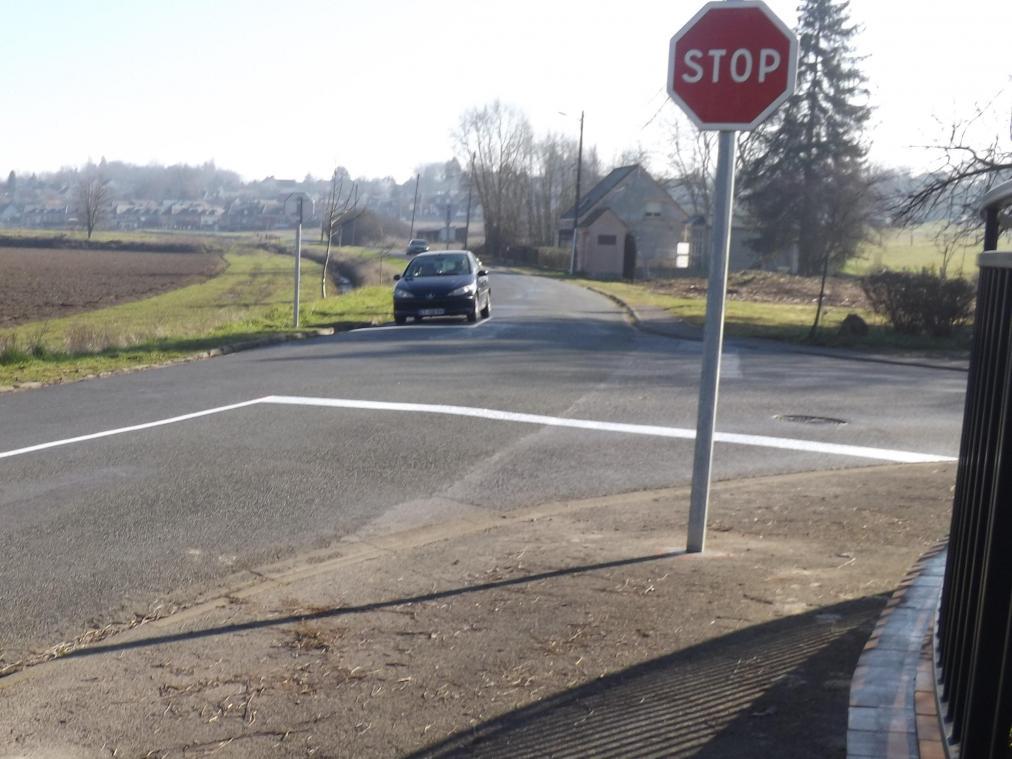 Attention à la nouvelle signalisation Chemin de Soude à Sinceny