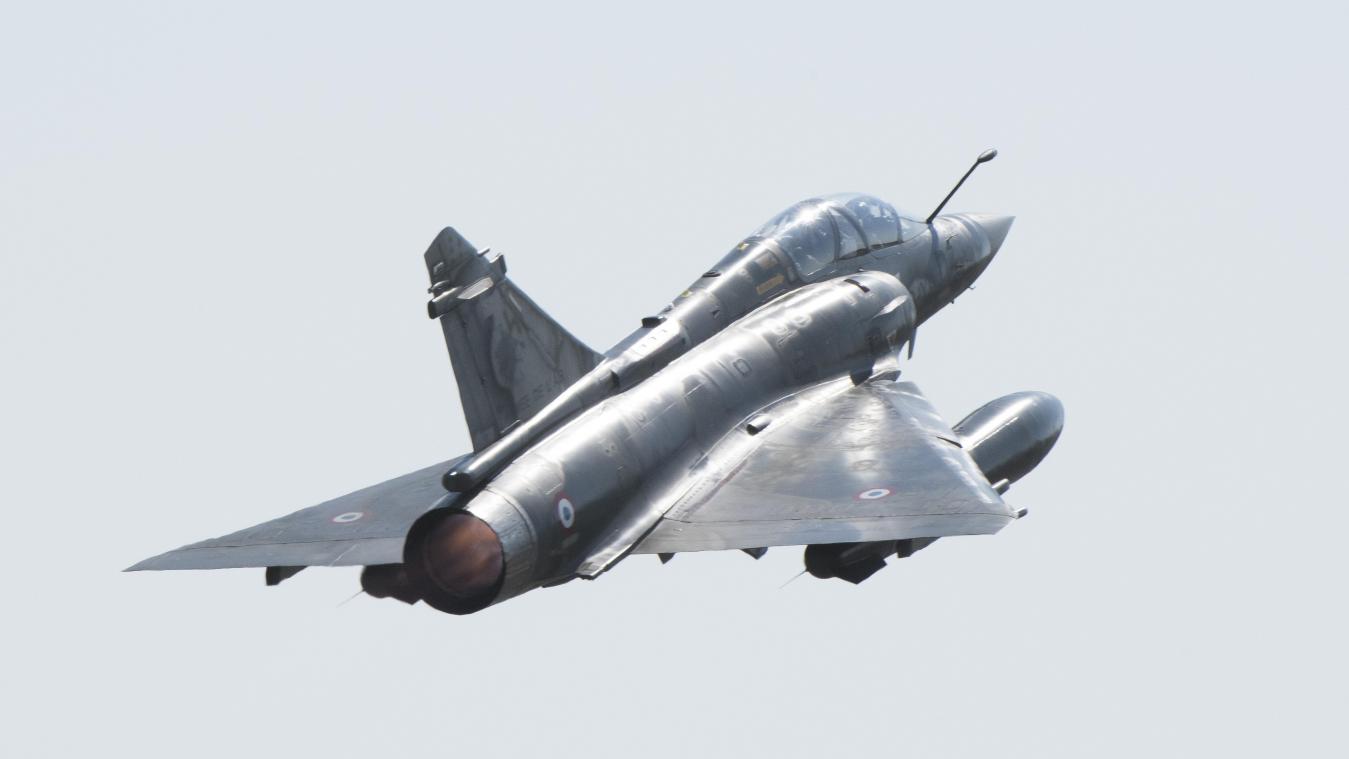 Un avion Mirage atterrit en urgence à Méaulte après une rencontre avec… un oiseau