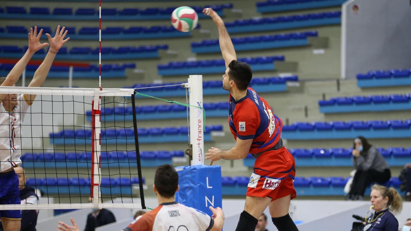 Le pointu argentin Manuel Balagué, touché à l'épaule, est plus qu'incertain dans l'effectif du Saint-Quentin Volley.
