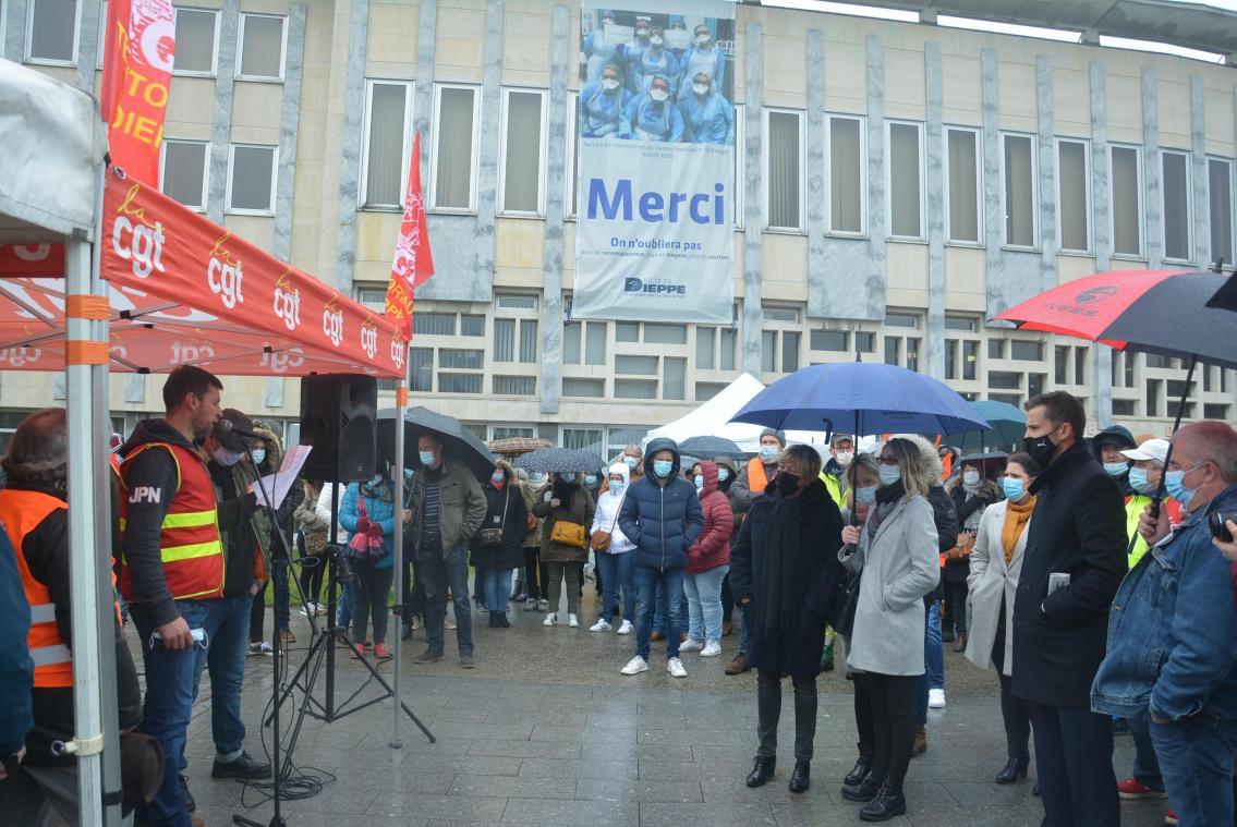 Au Havre et à Dieppe, les agents territoriaux mobilisés contre les 1 607 heures