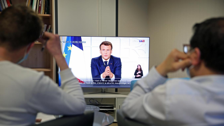 [VIDEO] Écoles fermées et mesures de restriction renforcées à l'ensemble de la France