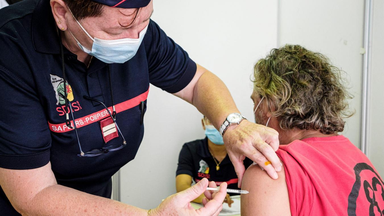 «Le rythme lent de la vaccination prolonge la pandémie», regrette le Hans Kluge, rappelant que «les vaccins sont notre meilleure voie pour sortir de la pandémie».