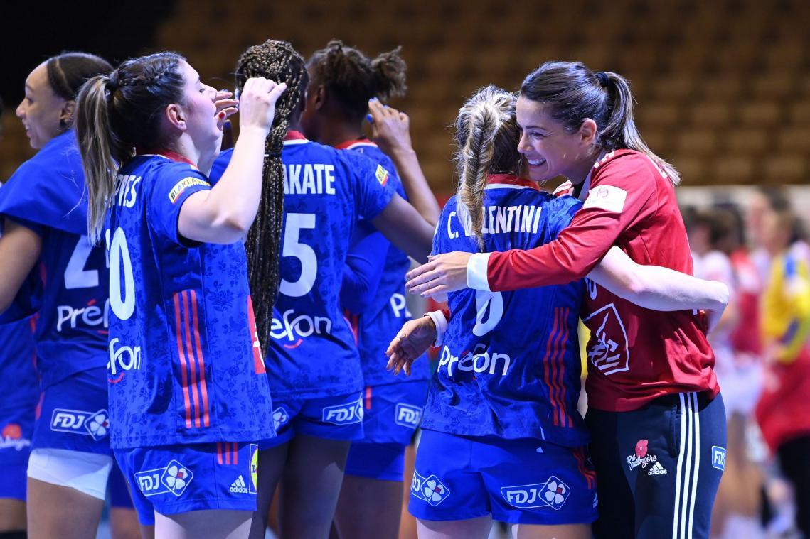 Les coéquipières de Siraba Dembélé, médaillées d'argent à l'Euro-2020 en décembre au Danemark, se retrouvent dans un groupe dense avec la Russie, l'Espagne, la Suède, la Hongrie et le Brésil