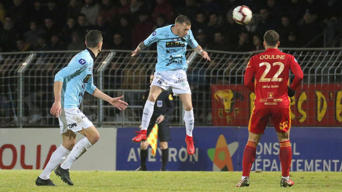 Chambly s'est incliné à deux reprises au stade Paul-Lignon de Rodez. (Photo E.C.)