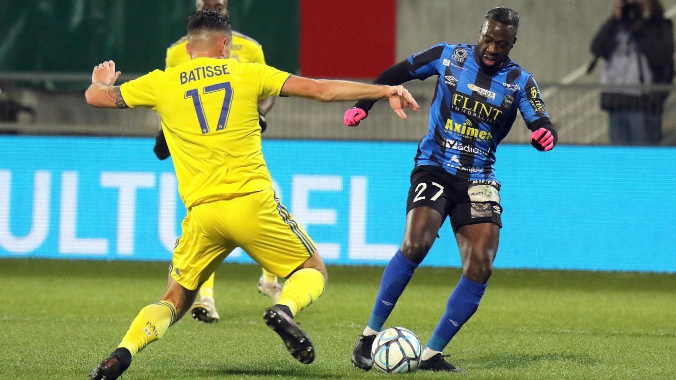 Joris Correa a inscrit son dernier but à Pau (1-3), soit le dernier et unique succès camblysien de la saison à l'extérieur. (Photo ERIC CREMOIS)