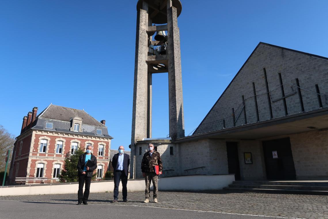 Les élus et historiens locaux projettent d'installer la stèle non loin de l'église, symbole de la reconstruction de Mondrepuis après la bataille du 17 mai 1940.
