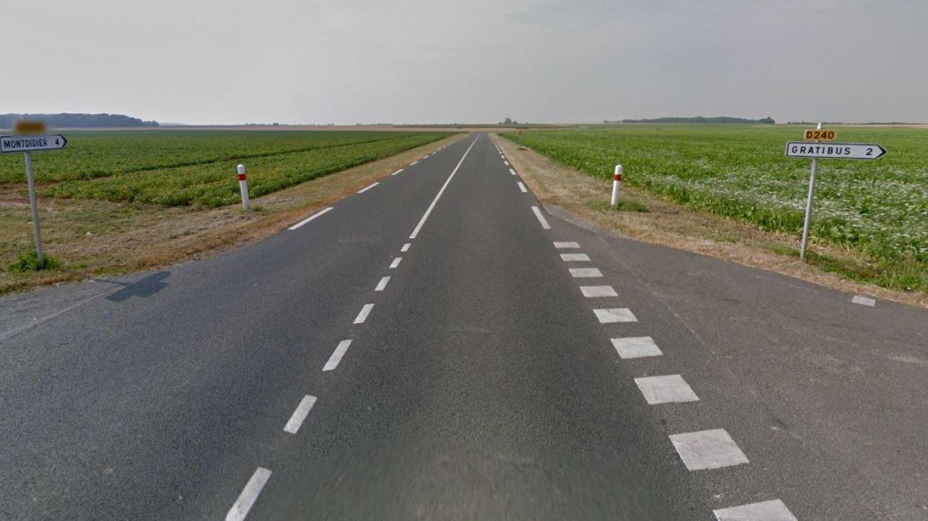 C'est à ce carrefour, l'intersection entre les axes Moreuil-Montdidier et Gratibus-Fignières, que l'accident s'est produit.