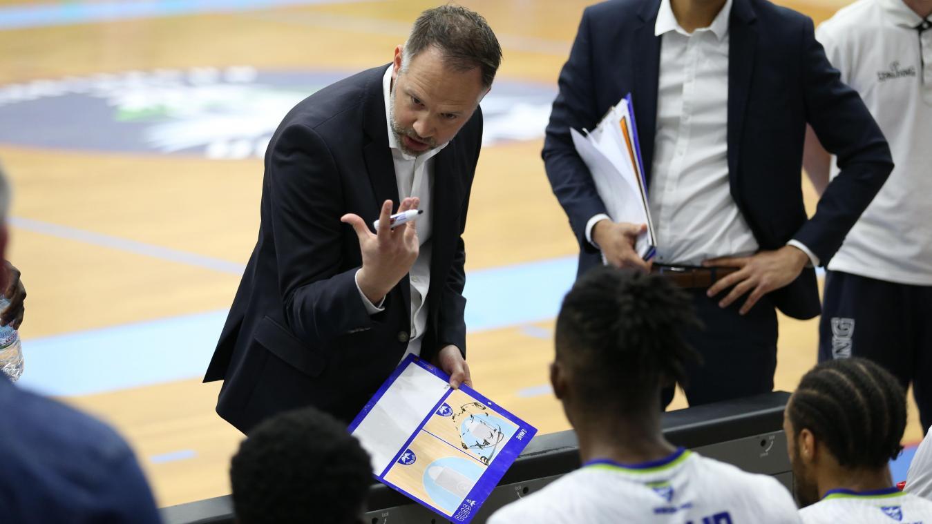 Julien Mahé, l'entraîneur du SQBB, a apprécié la maturité, la volonté et les attitudes de son équipe contre Nantes, ce vendredi 2 avril au palais des sports Pierre-Ratte.