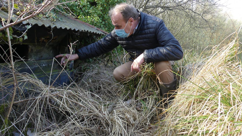 La hutte s'affaisse et n'est plus utilisable en l'état. «Il faut la raser et la reconstruire», analyse Michel Blondin.