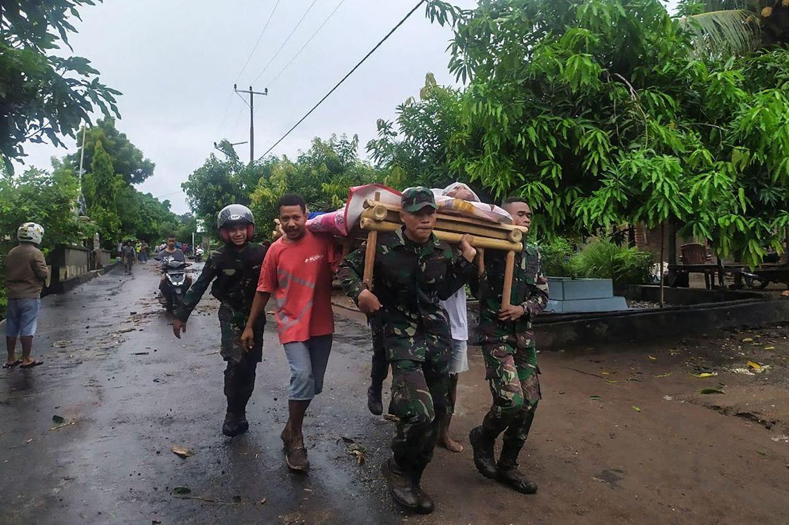 Plus de 150 morts dans les inondations en Indonésie et au Timor oriental
