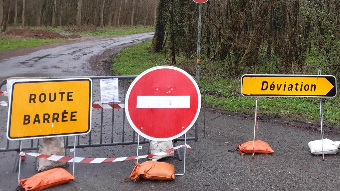 Le cours de la rivière va être dévié pour les travaux.