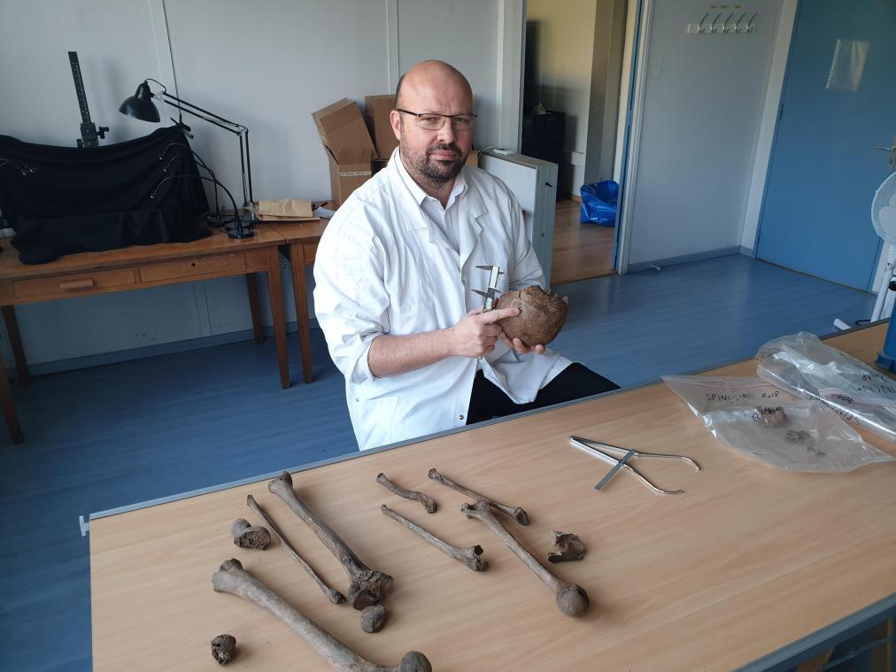 Chercheur et anthropologue, Loïc Lalys, maire de Serches, explique comment se sont déroulées les analyses du corps de Lydian Massenet.