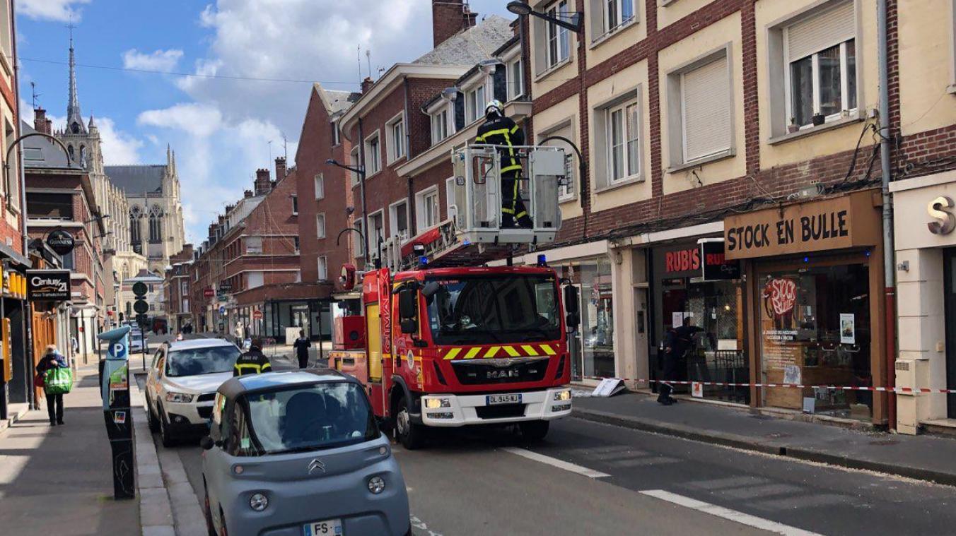La rue des Chaudronniers a été bloquée en début d'après-midi le temps de l'intervention des sapeurs-pompiers.