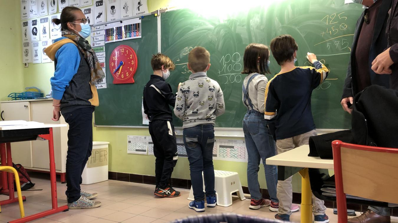 Séance de calcul mental pour ces élèves accueillis à Saint-Gobain.