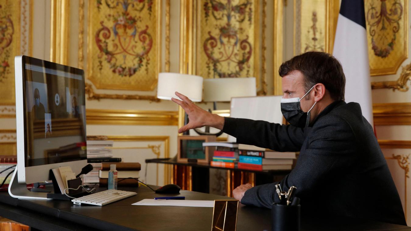 «Oui, il y aura des assouplissements pour cet été et oui, les commerces vont rouvrir là, à partir de mi-mai», promet Emmanuel Macron.