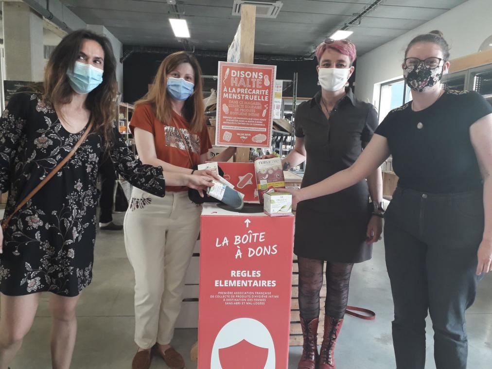 Serviettes hygiéniques, tampons, culottes menstruelles : la boîte à dons ne se prive d'aucune protection ! (Photo PN)