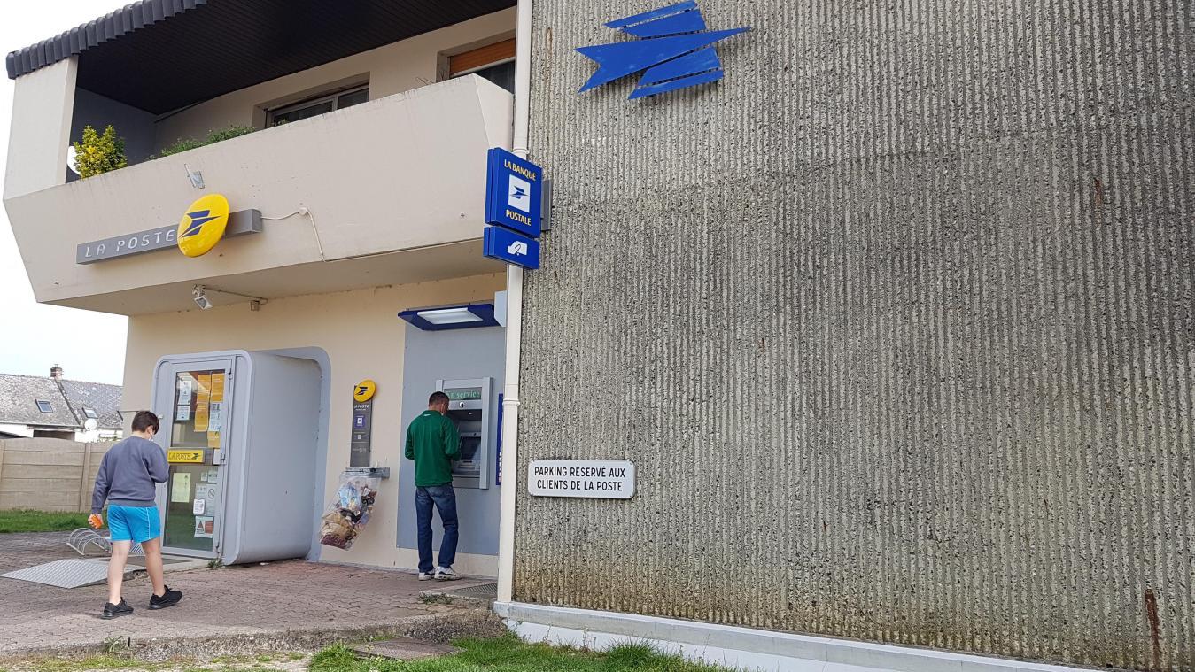 Le maire d'Athies-sous-Laon se bat pour le maintien du bureau de poste dans sa commune.