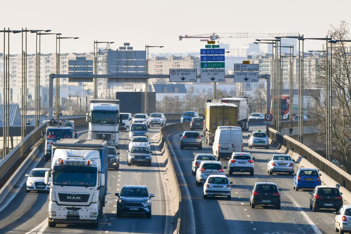 Le futur contournement Est de Rouen, autoroute à péage de 41 kilomètres, est conçu  pour décongestionner l'agglomération. (Photo d'archives PN)