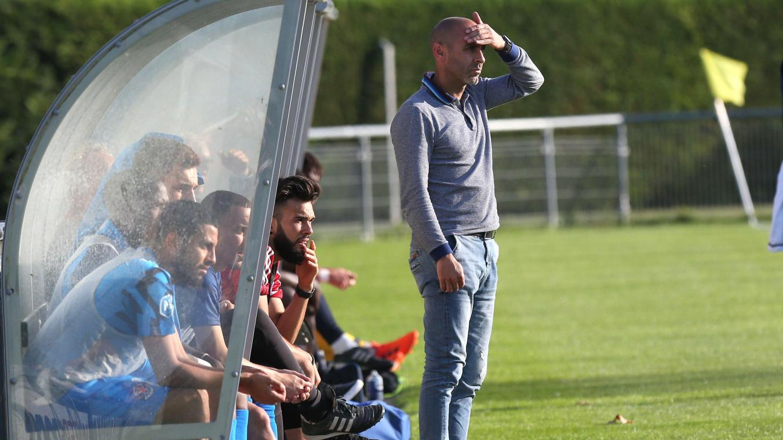 «Je pense que je me suis trompé lourdement cette saison. Je n'ai plus envie de faire les mêmes erreurs», annonce Azouz Hamdane, l'entraîneur amiénois. (Photo FRED DOUCHET)
