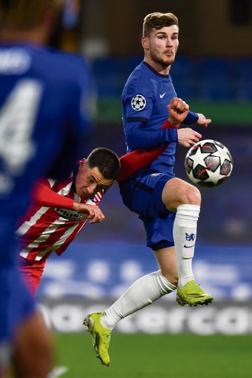 Chelsea, distancé pour le titre en Premier League, a fait un grand pas vers les demi-finales de la Ligue des champions en gagnant 2 à 0 mercredi contre Porto, dans un quart aller délocalisé à Séville en raison des restrictions sanitaires au Portugal. (Crédit photo AFP)