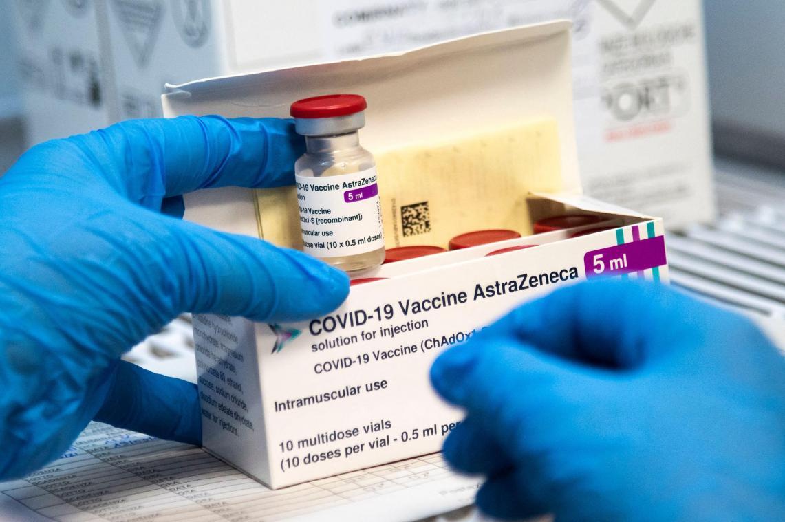 Le vaccin AstraZeneca administré à plus de 55 ans ? Plus de 60 ans ? A ne pas administrer ? Les 27 de l'Union européenne doivent se mettre d'accord.