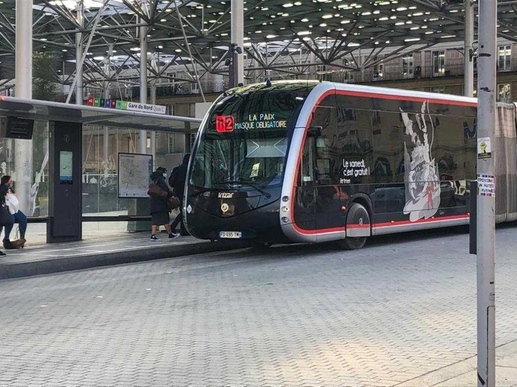 La circulation des bus est passée en mode «vacances scolaires» en raison de la fermeture des écoles.