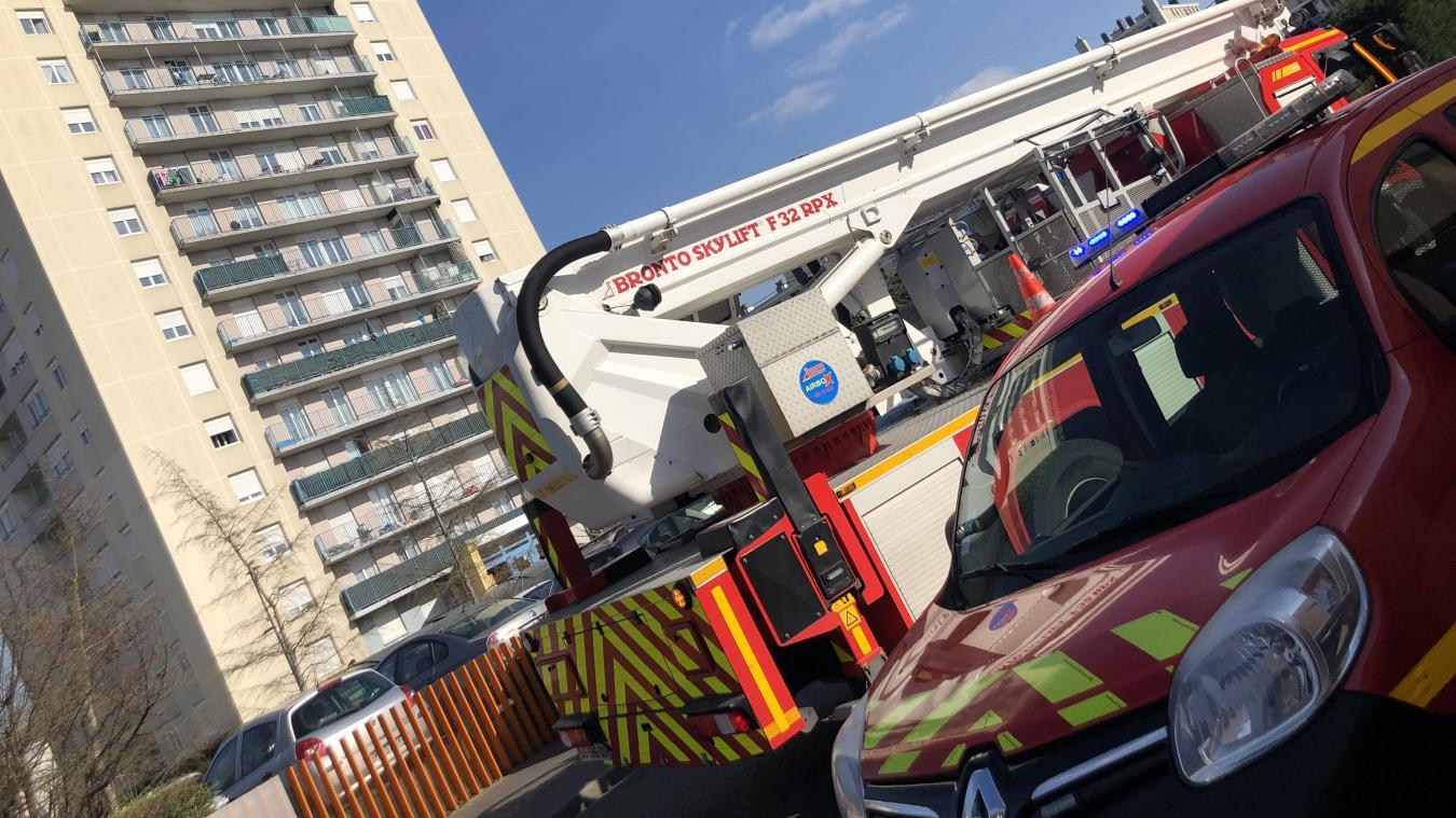 L'accident s'est produit au 11e étage d'un immeuble qui en compte 15.