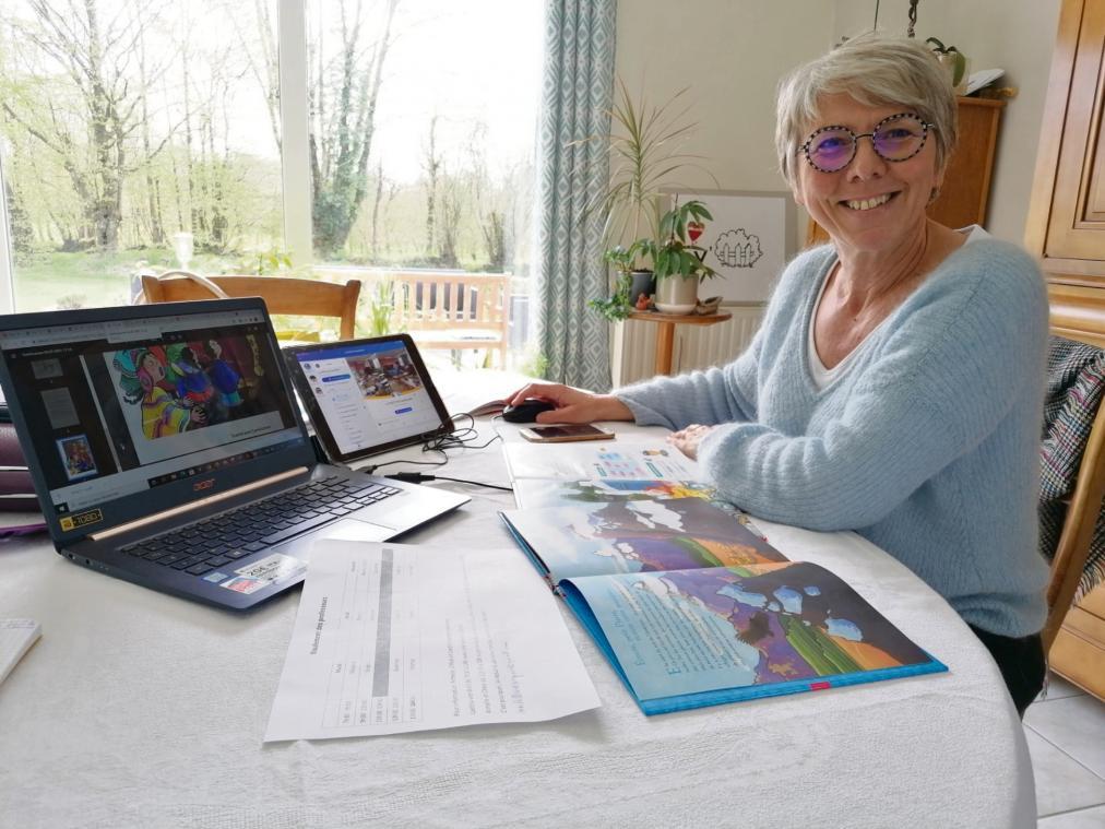 Laurence Malard, enseignante de CP à Thiberville, transpose les contenus de la classe pour la maison (Photo PN)