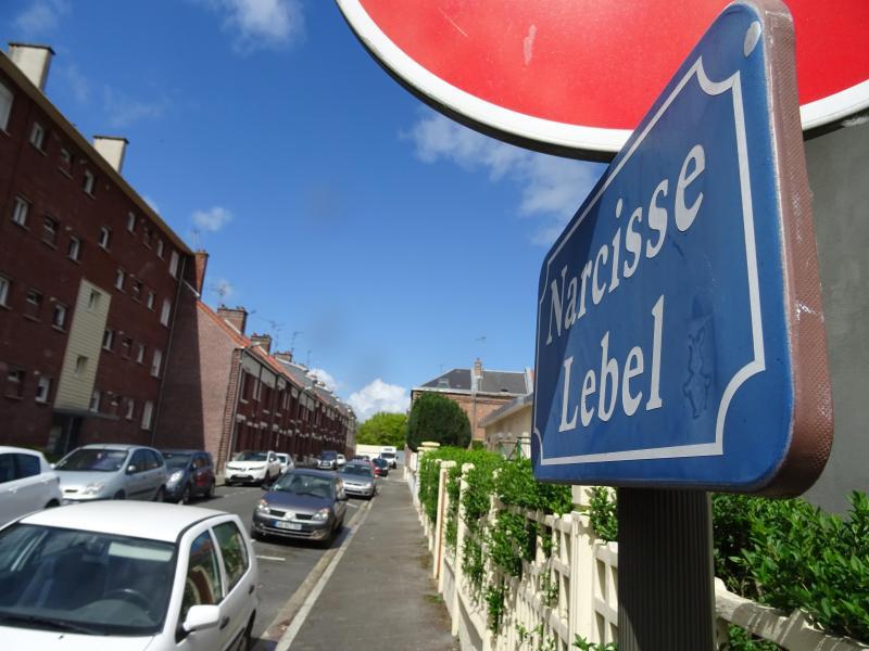 La victime habitait ce quartier du Faubourg de Hem depuis deux ans, après s'être séparé de sa compagne.