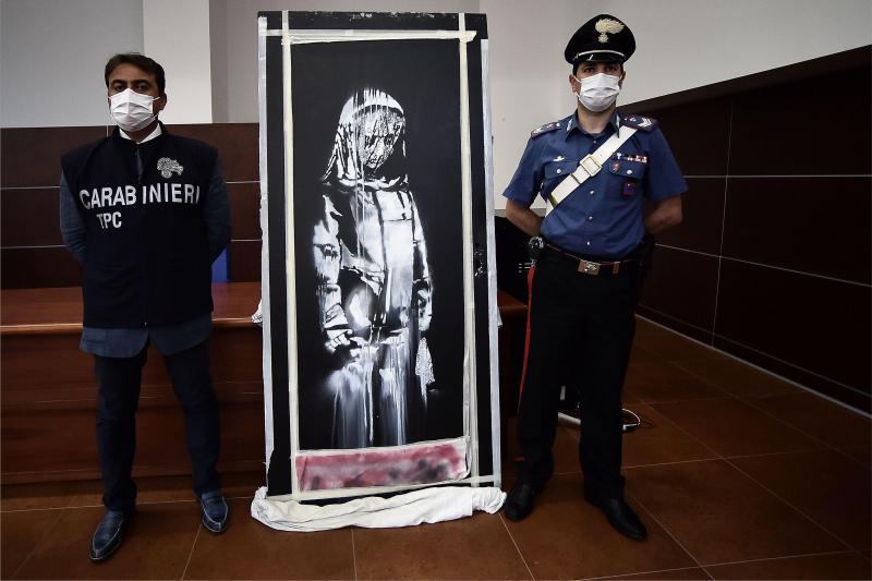 Banksy volé au Bataclan : 6 personnes ont été interpellées