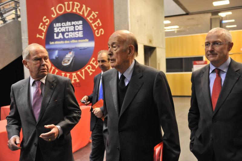 En 2013, VGE est accueilli au Havre par Antoine Rufenacht à l'occasion des Journées de L'Obs. (Photo PN)