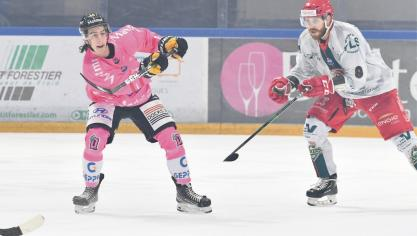 Le 25/10/2020 Match de Hockey sur glace RHE - Cergy Pontoise ( JM THUILLIER )