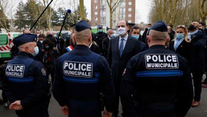 Jean Castex et Gérald Darmanin annoncent le recrutement de 10 policiers supplémentaires à Beauvais