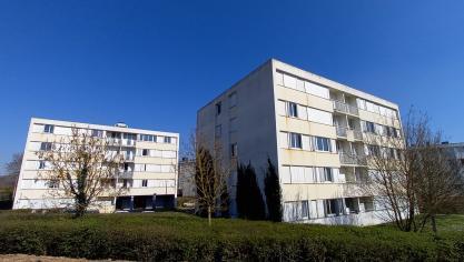 Le centre social Pastel (à gauche) va laisser sa place au pôle de citoyenneté et les immeubles Ill et Sambre  (à droite) seront détruits. (Photo DR/PN)
