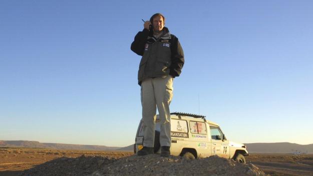 Hubert Auriol, en 2001, lors d'un rallye Paris-Dakar