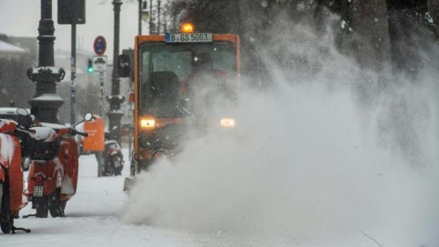 Comme dans une bonne partie de l'Ukraine, la région a subi ces derniers jours d'importantes chutes de neige et le manteau blanc y a dépassé les 50 centimètres.