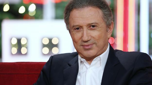 Après des longs mois loin des plateaux télé, Michel Drucker devrait retrouver l'antenne, dans son émission «Vivement dimanche», le 28 mars prochain sur France 2.