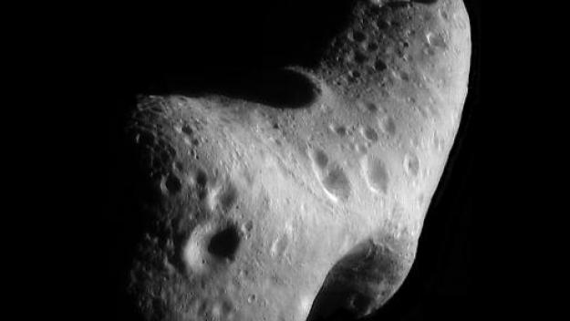 Un astéroïde géant va passer près de la Terre dimanche.