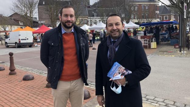 Damien Rieu, candidat aux élections départementales à Péronne et Sébastien Chenu, candidat aux élections régionales, étaient à Péronne ce samedi matin.