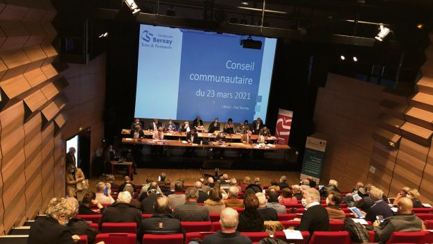 Le conseil de l'Intercom de Bernay s'est réuni mardi soir. (Photo : Alexis Perché/PN)