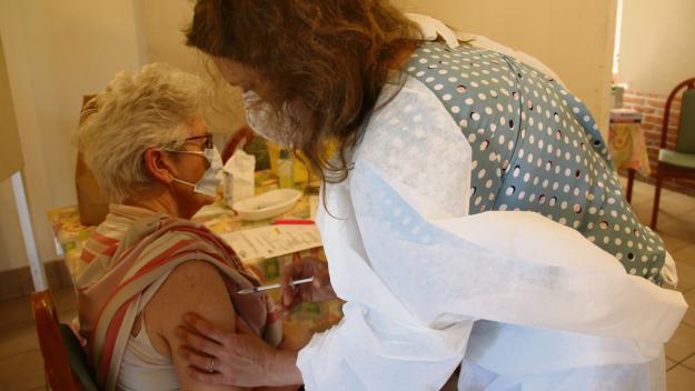 Ginette, 75 ans, a été vaccinée à la Marpa de Londinères, où elle réside. (Photo PN)