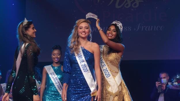 Qui succédera à Tara De Mets (au centre), pour représenter la Picardie lors de l'élection de Miss France 2022?