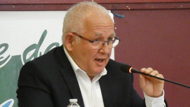 Le maire Eric Legrand a dû revenir sur sa promesse de campagne.