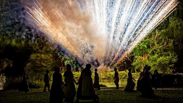 Les tableaux pyrotechniques du Souffle de la terre seront repris dans un spectacle au format réduit, qui viendra compenser l'annulation des représentations en 2021.