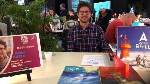 Xavier Coste, lors de sa dernière venue à Creil, à l'occasion du 33e salon La Ville aux livres, en novembre 2019.