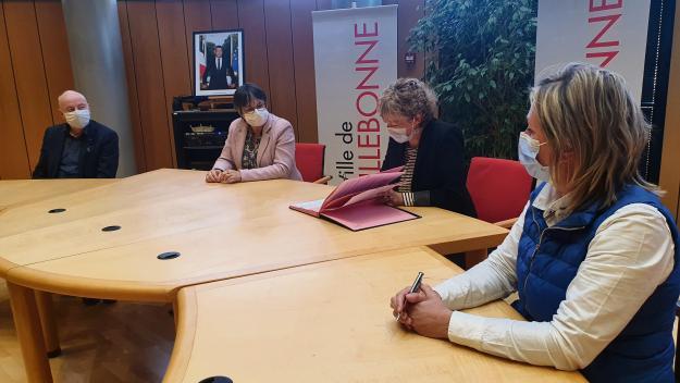 Maït Pierlot a signé la première « boutique test» lillebonnaise, ce sera une épicerie bio en vrac. (Photo LB/PN)