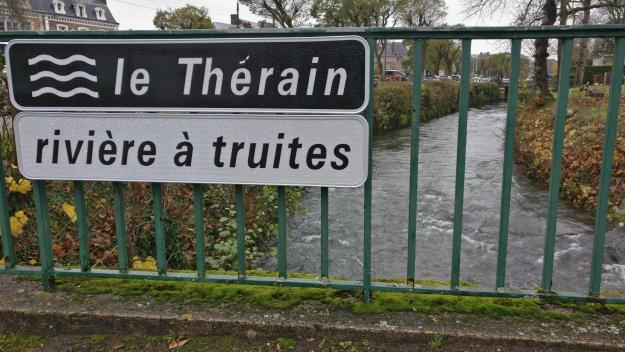 Ce samedi 17 avril, peu avant midi et demi, boulevard Saint-Jean, un homme est tombé dans le Thérain. (illustration)